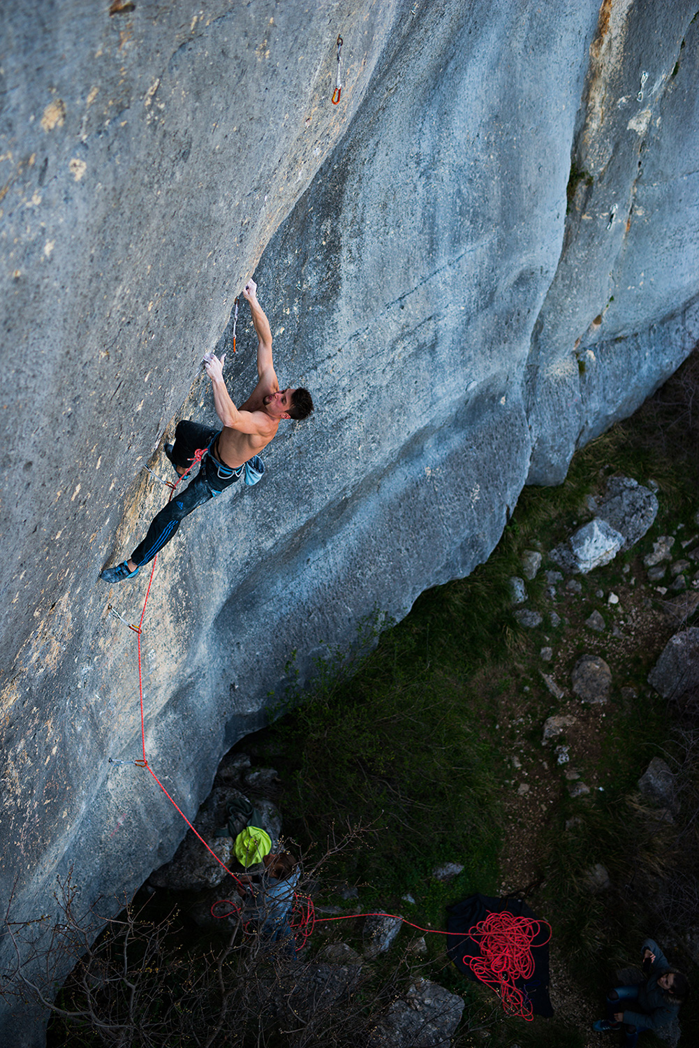 Jernej Kruder trying to climb Malvazija 8b+